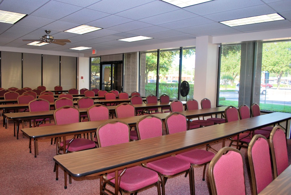 The Maple Room at the Spring Branch Meeting Rooms in Houston, Texas